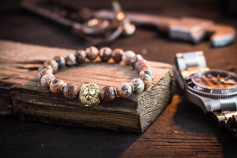 Leopardskin beaded stretchy bracelet with gold lion
