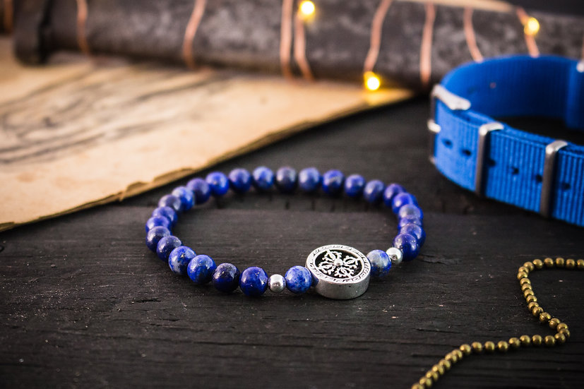 Blue lapis lazuli beaded stretchy bracelet with sterling silver accents