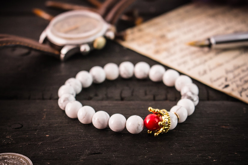 The White King - White howlite & red coral beaded stretchy bracelet with gold crown