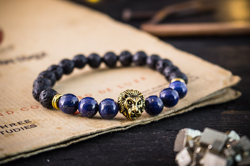 Lava stone & lapis lazuli beaded stretchy bracelet with gold lion
