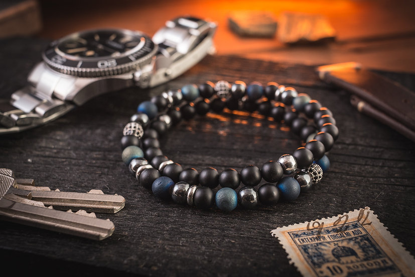 Double wrap matte black onyx & blue agate beaded men's stretchy bracelet