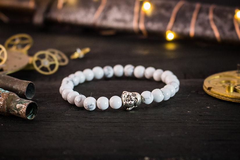 White howlite beaded stretchy bracelet with silver Buddha