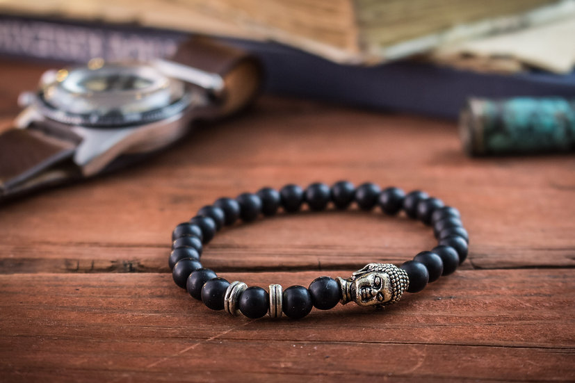 Black onyx beaded stretchy bracelet with Buddha