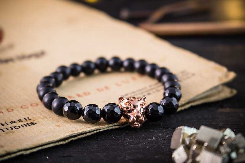 Matte black onyx beaded stretchy bracelet with rose gold leopard