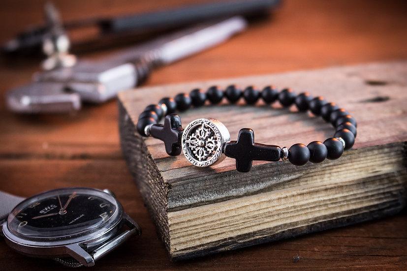 Black onyx beaded stretchy bracelet with crosses