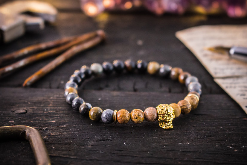 Picasso & jasper stone beaded stretchy bracelet with gold skull