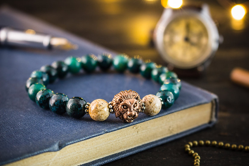 Greenish chrysocolla beaded stretchy bracelet with rose gold lion