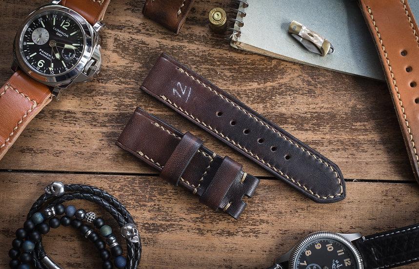 Antiqued handmade 24mm dark brown leather strap 129/80mm
