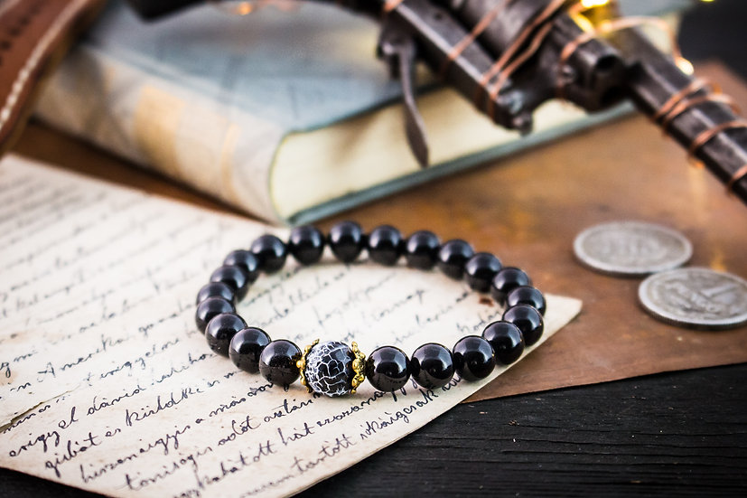 Black onyx & crackle agate beaded stretchy bracelet