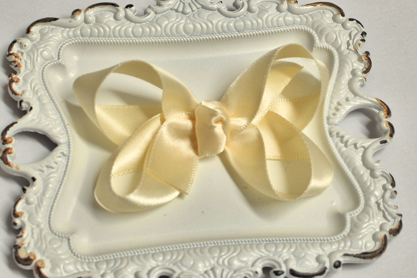 Medium Ivory Satin Boutique Hair Bow