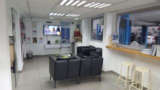 חדר המתנה מרכז שירות סגנון