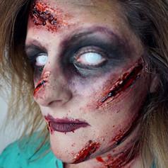 🤢😷 Zombie Nurse 😷🤢 _kayla.jean527 . I'm tagging myself at urgent care ...jpg