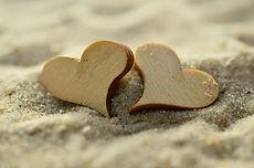 sand-1229591_1280.jpg