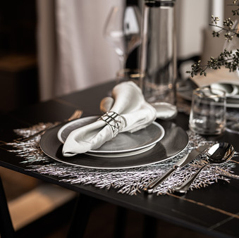 Le Quest I | Balcony Dining Details