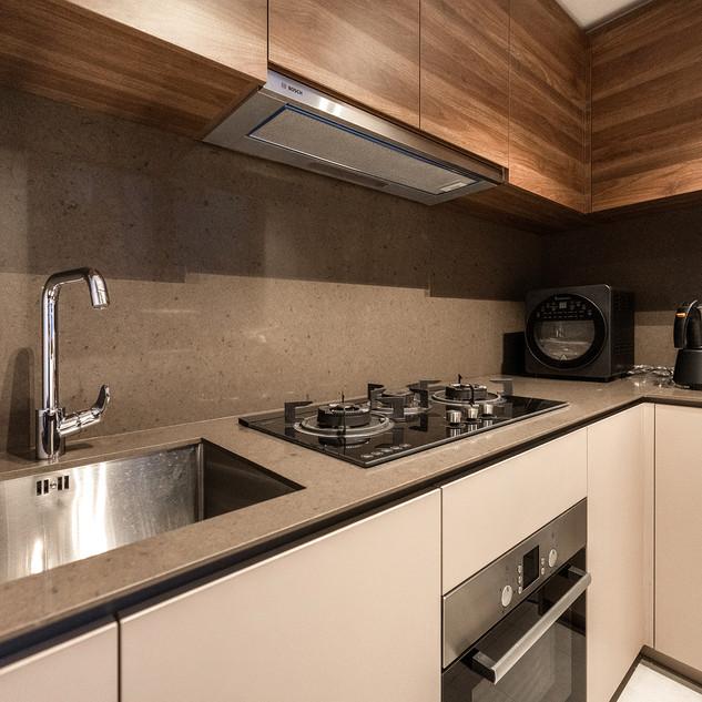 Le Quest I   Kitchen