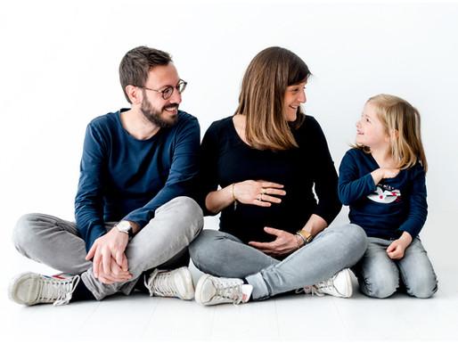 Photographe maternité Nantes - séance photo grossesse au studio