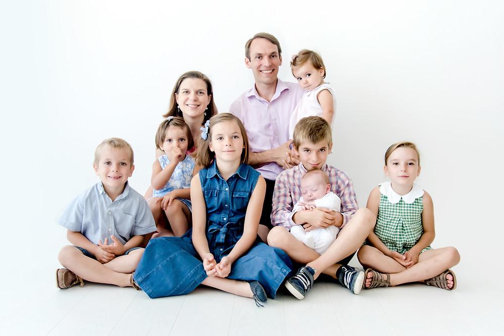 Séance photo famille nombreuse au studio - Brigitte Delibes Photographie - Photographe famille Nantes