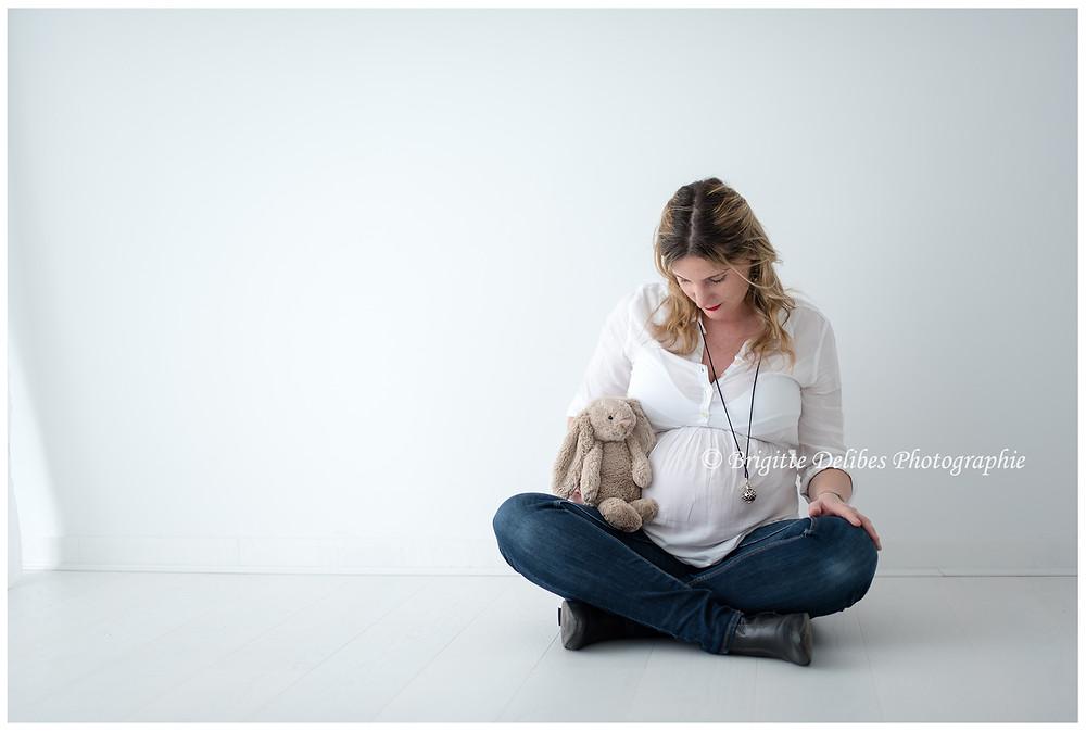 Brigitte Delibes Photographie - Photographe grossesse NAntes -  Séance grossesse - Home studio - Nantes