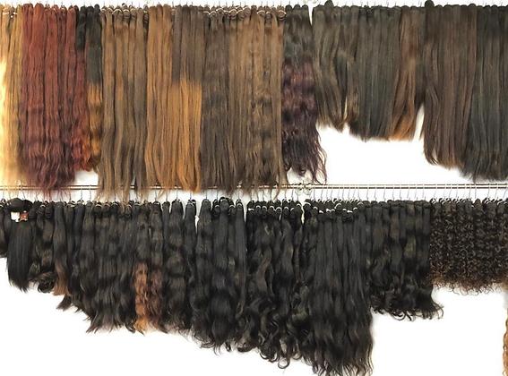 Malaysische Haarfarbe - von CHF