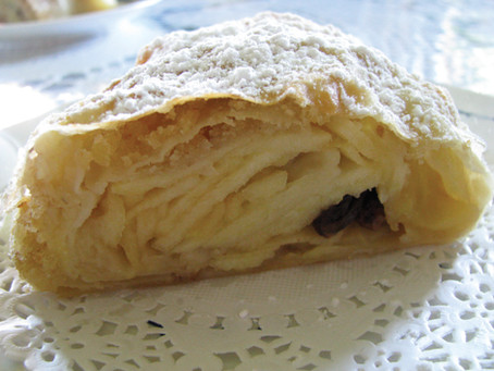 A real apple strudel