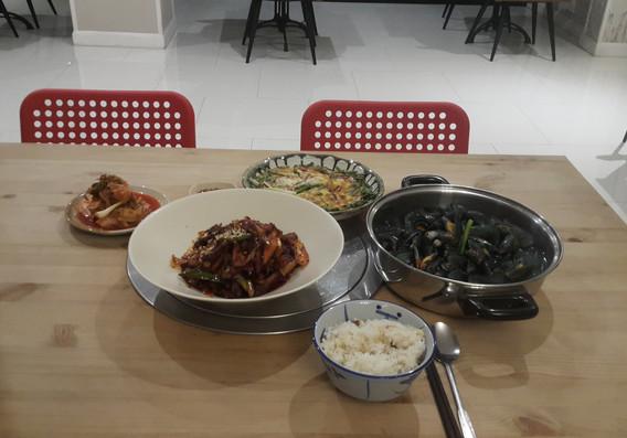 mika restaurant (2).jpg
