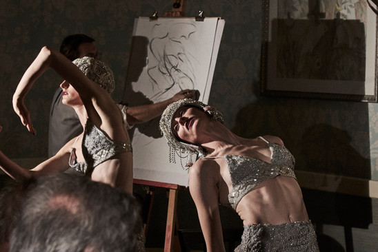 An Immersive Drawing Experience at The Kings Head Members Club