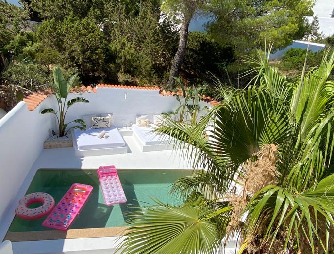 complete villa renovation & swimming pool in Villa Cala Vadella, Ibiza