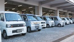 軽自動車や軽トラックはどれくらい荷物を載せられるの?