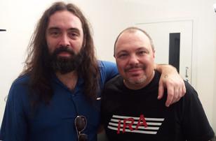 """Pepe Bueno - Entrevista """"Tomada, Rock elegante e o baixo Rickenbacker"""""""