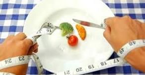 Crash dieet begin er niet aan! Ga anders denken over het woord dieet!!