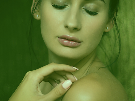 TEN TOXIC CHEMICALS IN BEAUTY AND SKINCARE