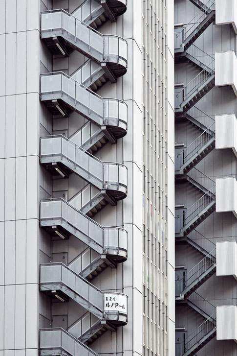 Repetition-architecture-carlos-velez-photo