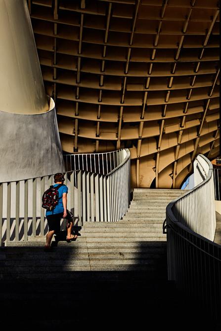Escaleras-setas-de-sevilla-metropol-parasol