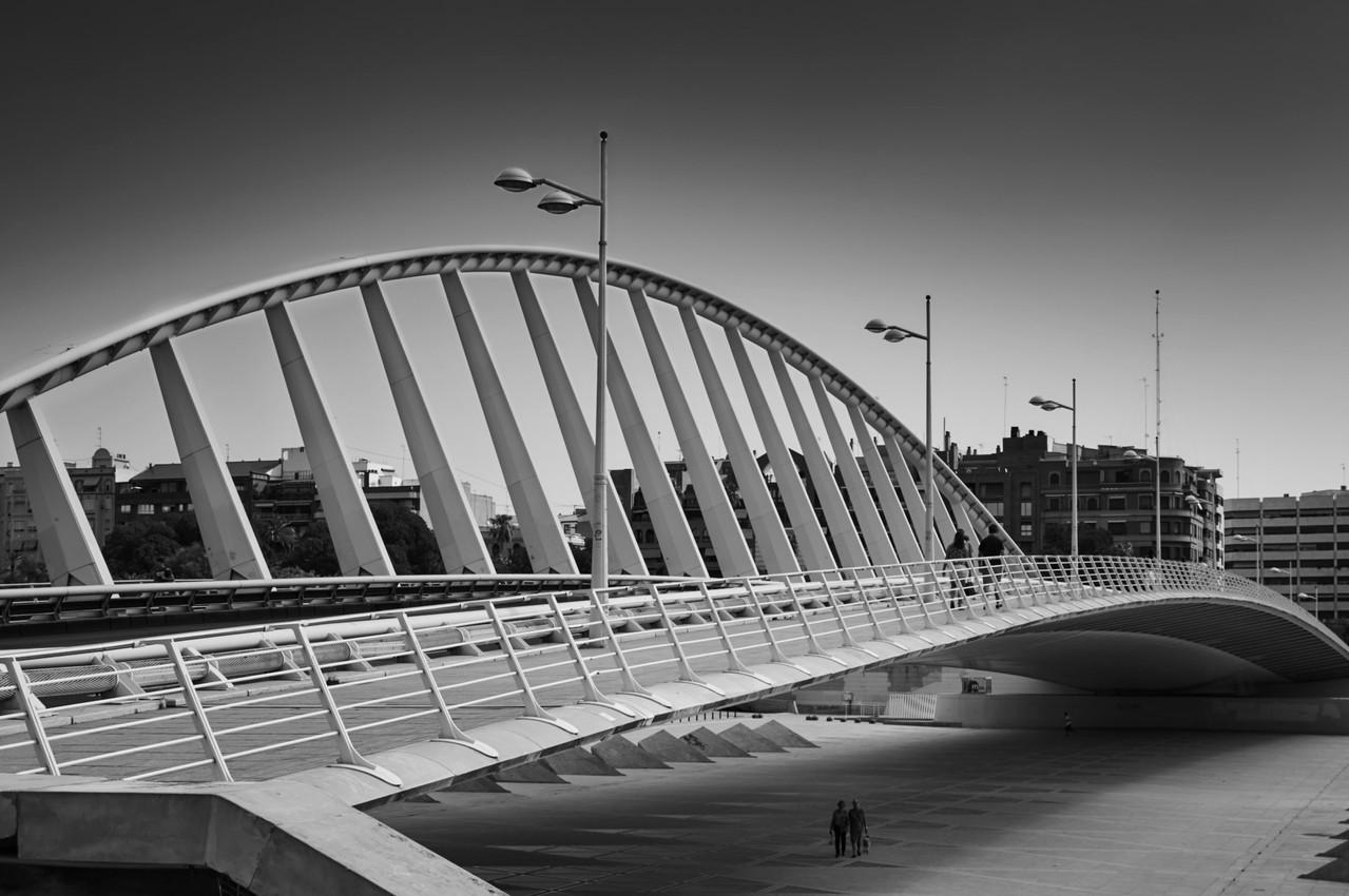 Puente-de-exposicion-valencia.joeg