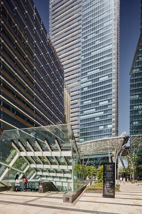 Tokyo-buildings-carlosvelez.jpeg