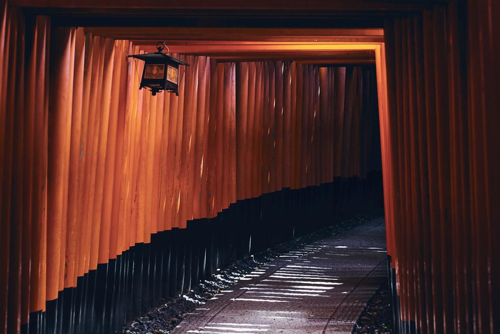 kyoto's-temple-carlos-velez-photo
