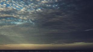 Chmury i zachody słońca