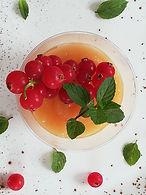 Meloen en rode bessenmousse