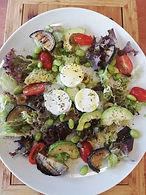 Avocado en gegrilde groenten