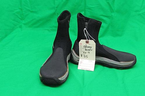 Akona Boots