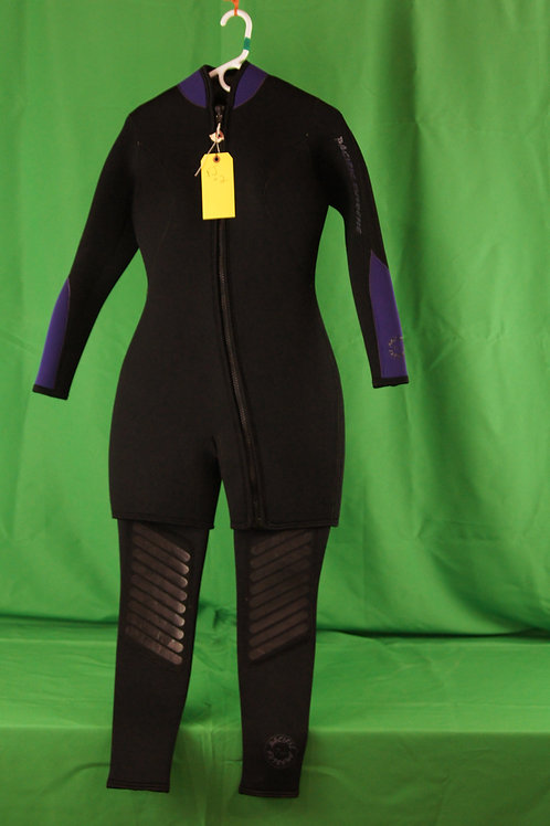 Used 2 piece Pacific Extreme Suit