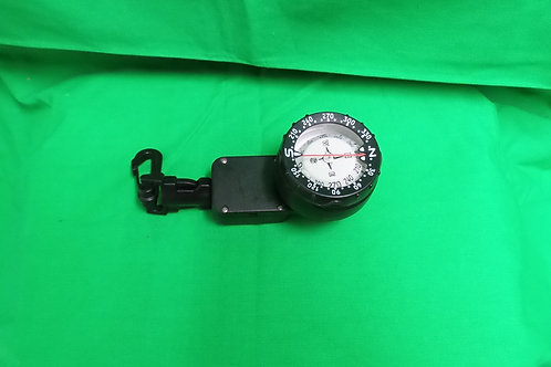 Compass on a Retractor