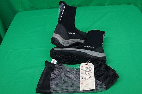 Akona Boots Size 9