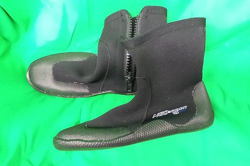 Neosport Boots