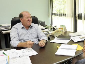 Sinterpa e diretor-presidente da Agraer discutem melhoria salarial