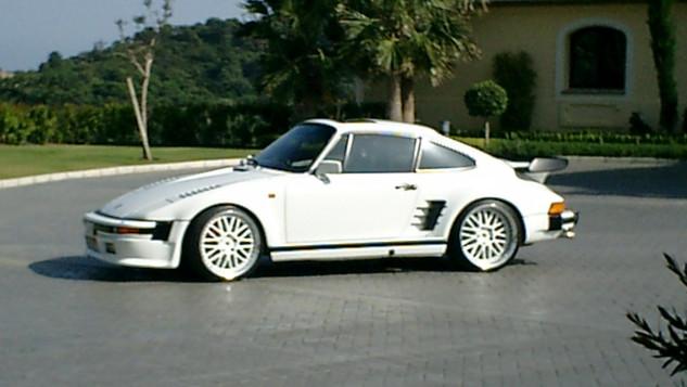 930 turbo Le Flatnose  May 2004 001.jpg