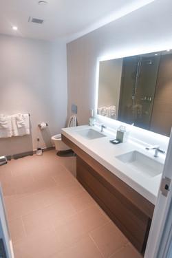 Allegria Hotel Bathroom