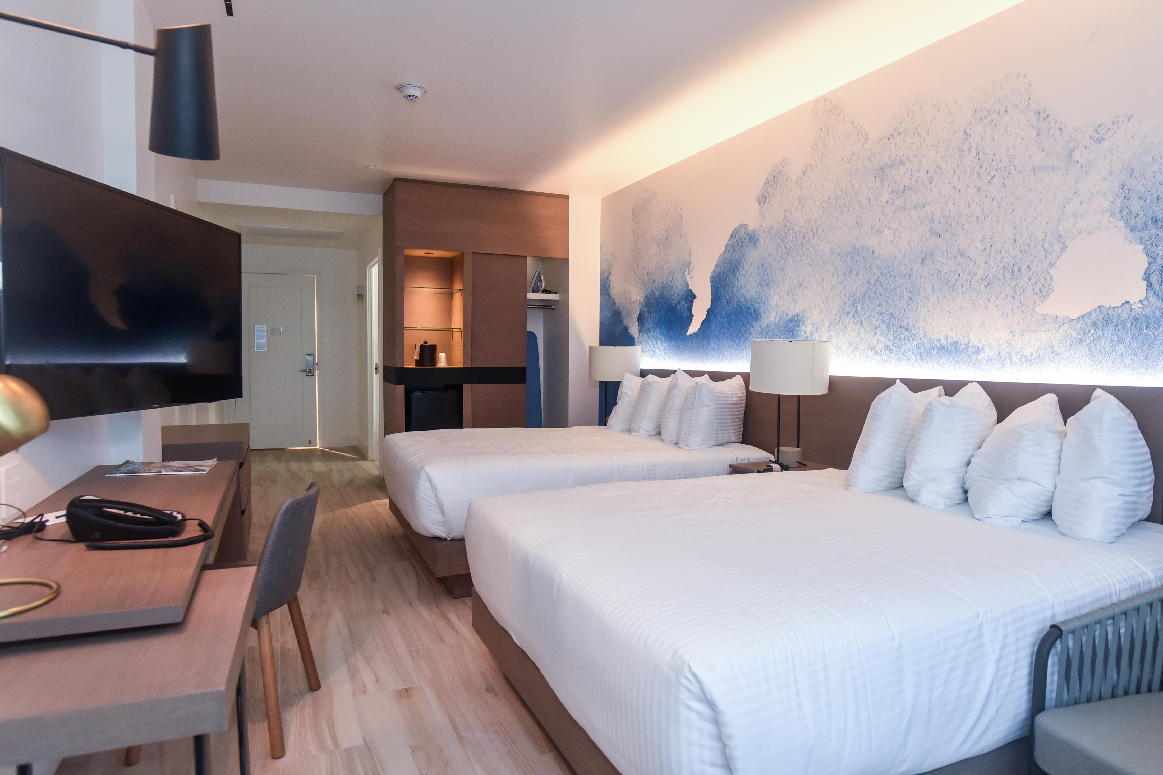 Allegra Hotel Guestroom