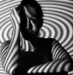 femme spirale.jpg