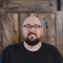 Alan Bailey | Keys and Music Director